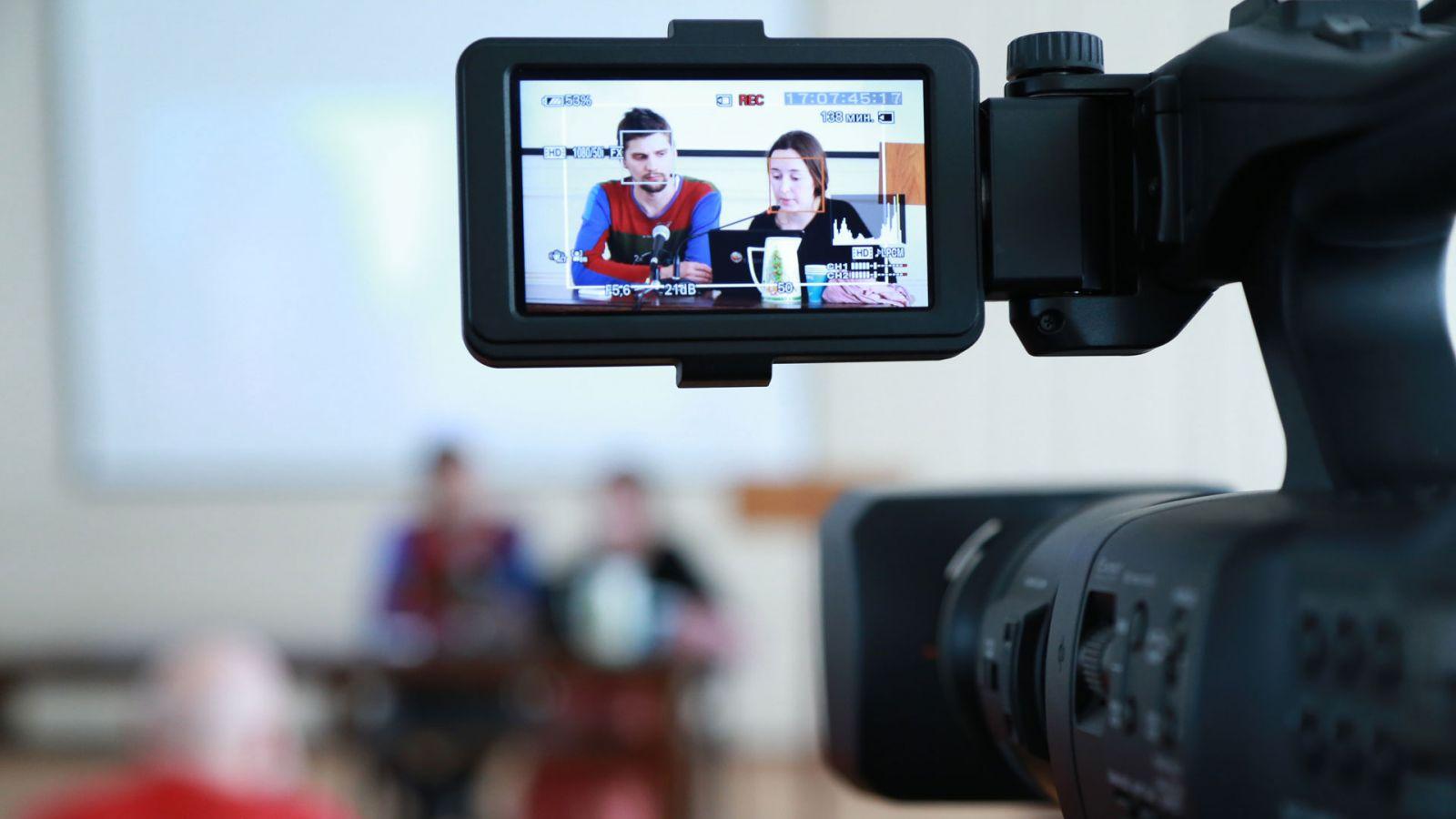 видео креветокваде онлайн двумя мужиками